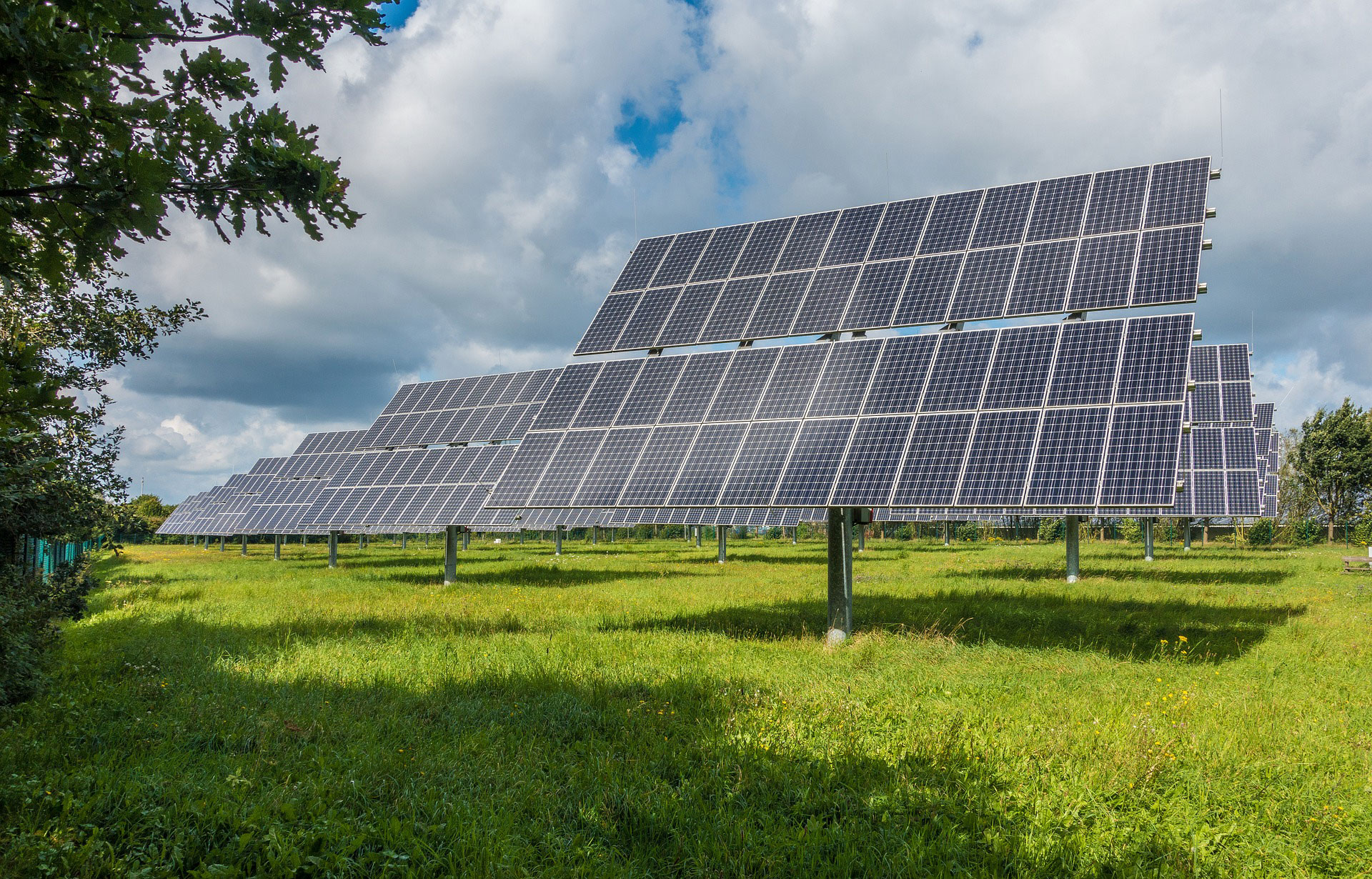 energy trends – 4 reasons to be hopeful about renewables and solar 1