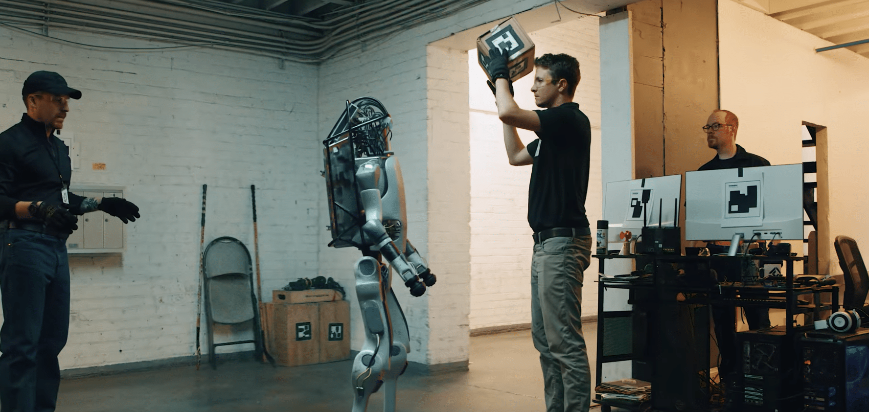 dark futures film club – robots now fight back